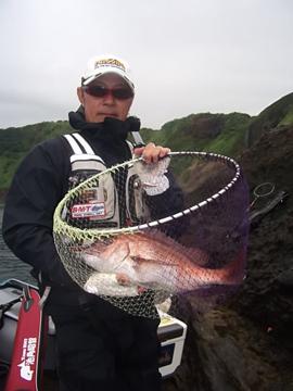 真鯛51㎝1.6キロが上がりました