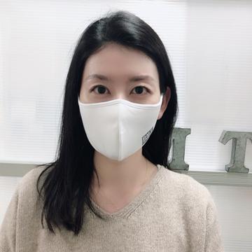 Mサイズ・ホワイト(正面)
